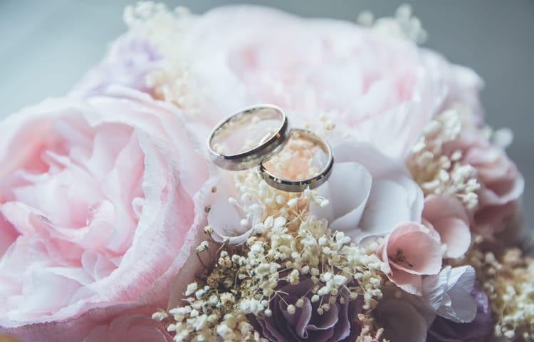 Обручальное кольцо -Свадебное платье или тур в Турцию