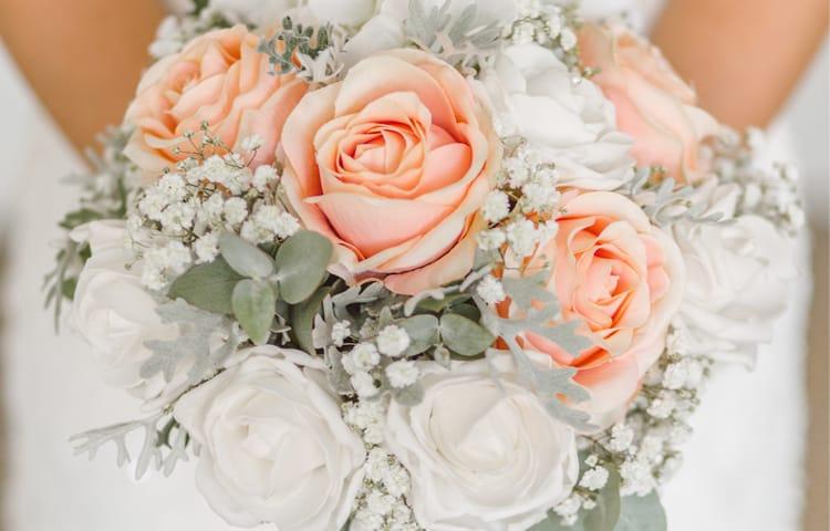 Букет невесты - Свадебное платье или тур в Турцию?