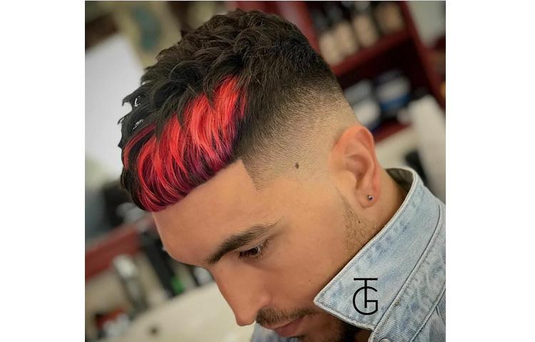 Сколько стоит покрасить волосы мужчине у топ-барбера