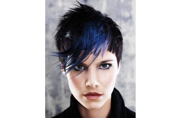 Короткая женская стрижка с дальнейшей покраской волос: что выбрать?
